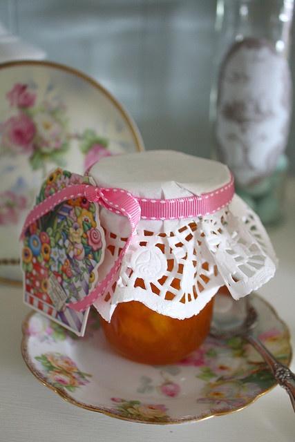 Vaišių dekoracijos su popierinėmis servetėlėmis