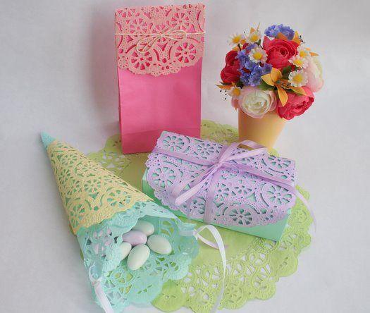 Popierinės servetėlės dovanų pakavime