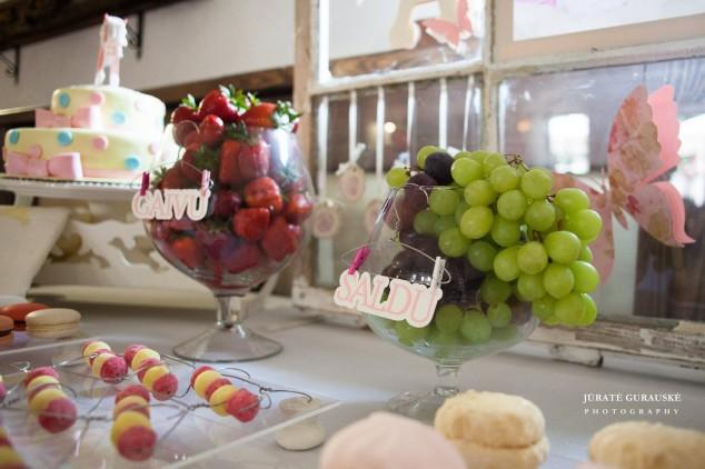 Saldaus stalo dekoras - krikštynos