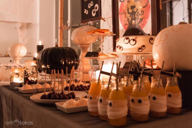 Helovyno šventinis saldusis stalas