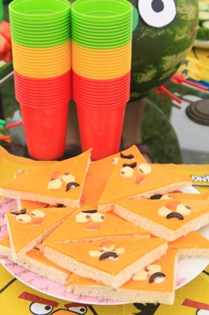 Angry birds gimtadienio sumuštiniai