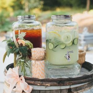 Dispenseris – indas su kraneliu gėrimui