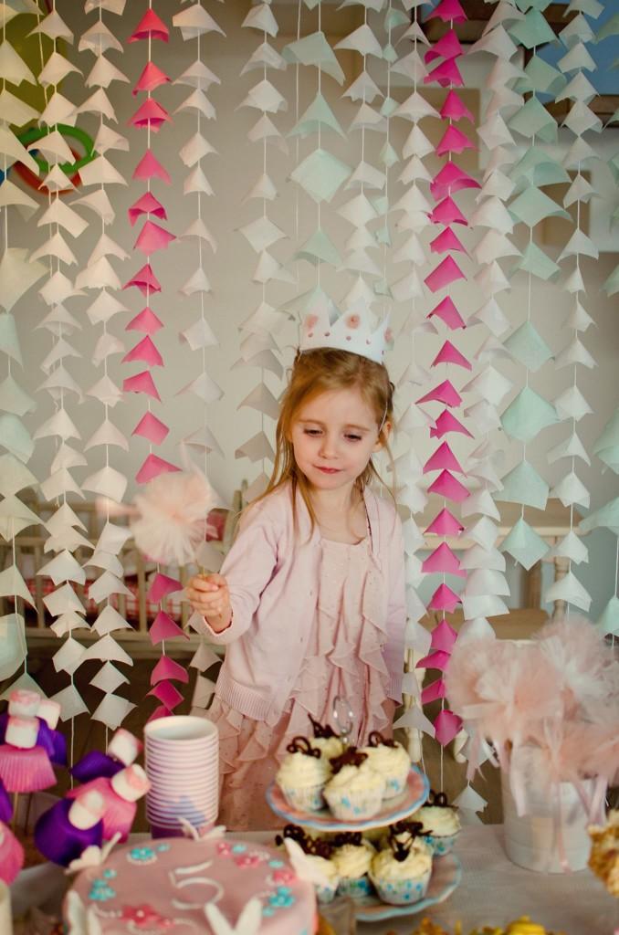 Fėjų gimtadienis - erdvės ir saldaus stalo dekoras