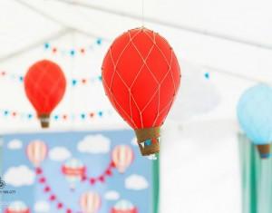 Poviliuko krikštynos su oro balionėliais