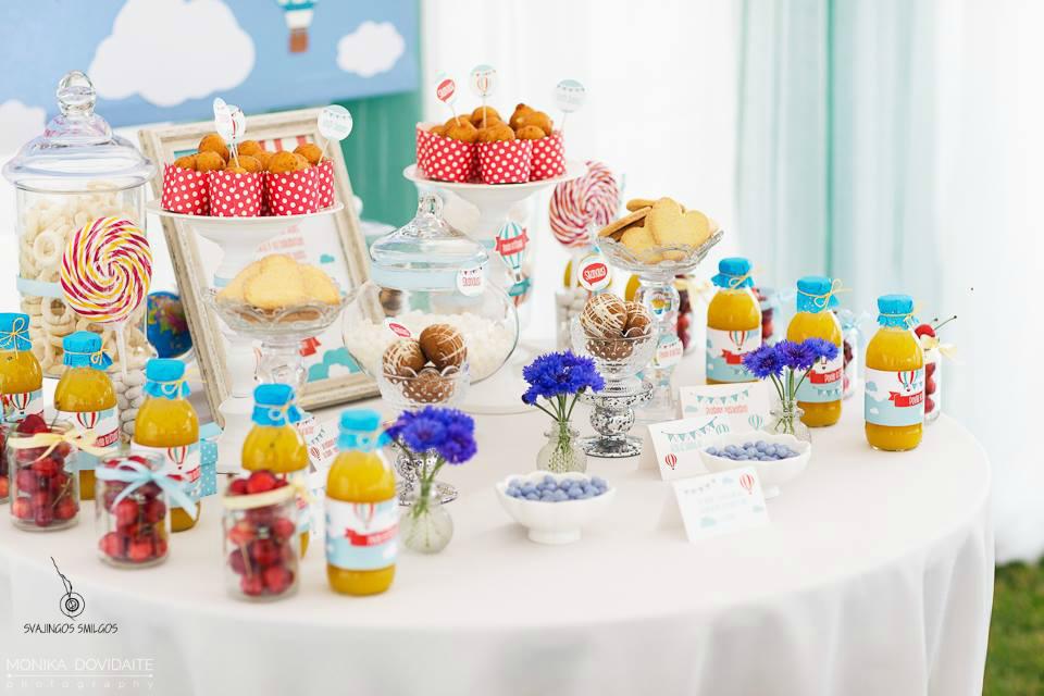 Saldaus stalo puošimas dekoras