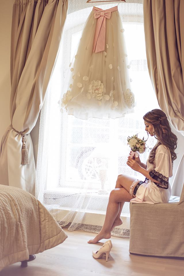 Jaunosios fotosesija pasiruošimas vestuvėms
