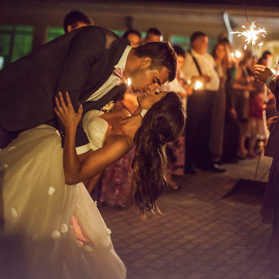 Vidurnaktis, vestuvės, jaunųjų šokis