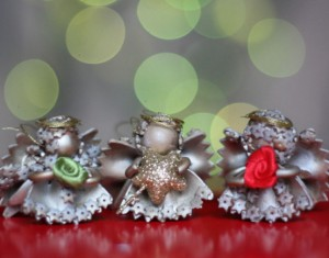 Pasidaryk pats: kalėdinės dekoracijos arba dovanėlės iš makaronų