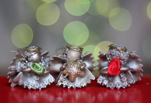 Kalėdinės dekoracijos iš makaronų - pasidaryk pats