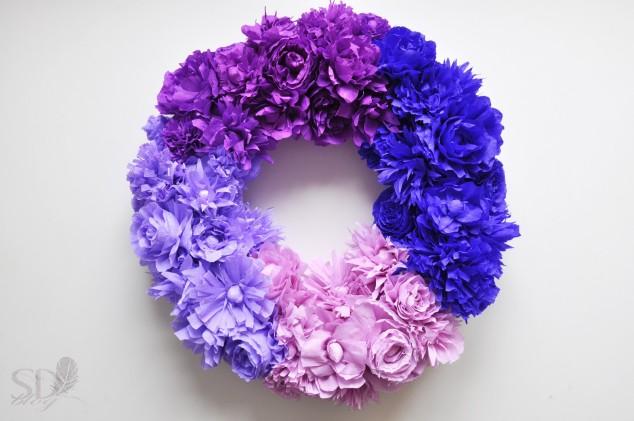 Popierinių gėlių vainikas - pasidaryk pats
