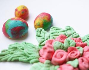 Darbeliai bei dekoracijos iš druskos tešlos
