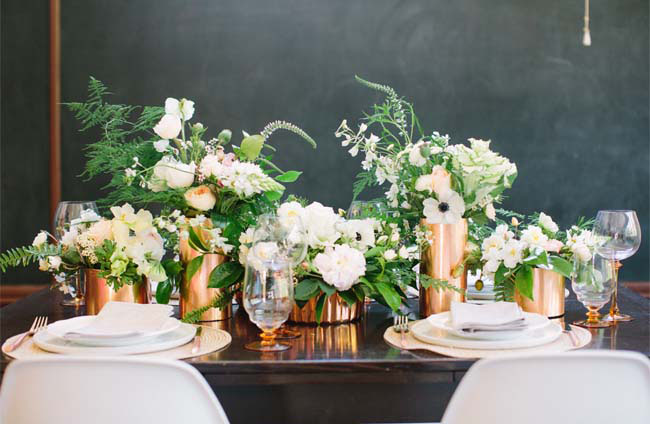 Šventinis vestuvių stalo dekoras