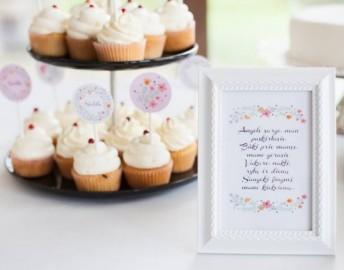 Krikštynų saldaus stalo dekoracijos gėlyčių tematika