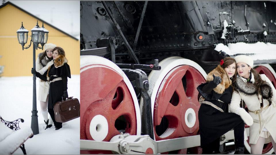 Fotosesija prie traukinio