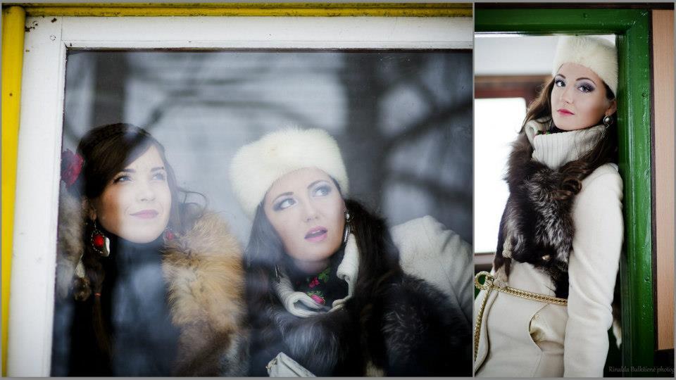 Asmeninė fotosesija žiemą lauke