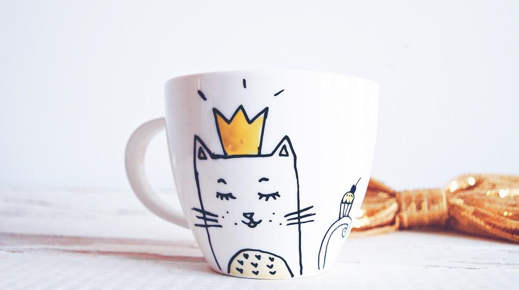 Dekoruotas puodelis - dovanos idėja