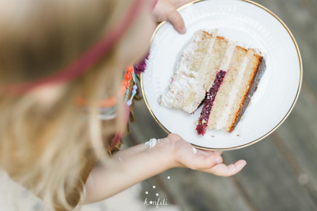 Gimtadienio tortas Tie kepėjai