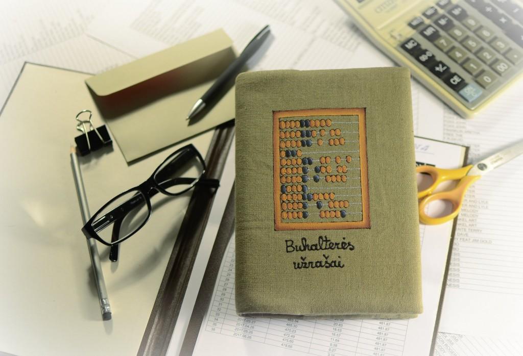 Darbo knyga buhalterei