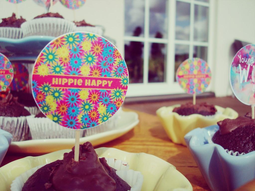 Teminio gimtadienio dekoracijos, smeigtukai keksiukams