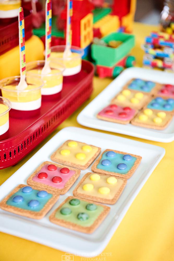 Gaidelio sausainiai su glazūra - Lego gimtadienis