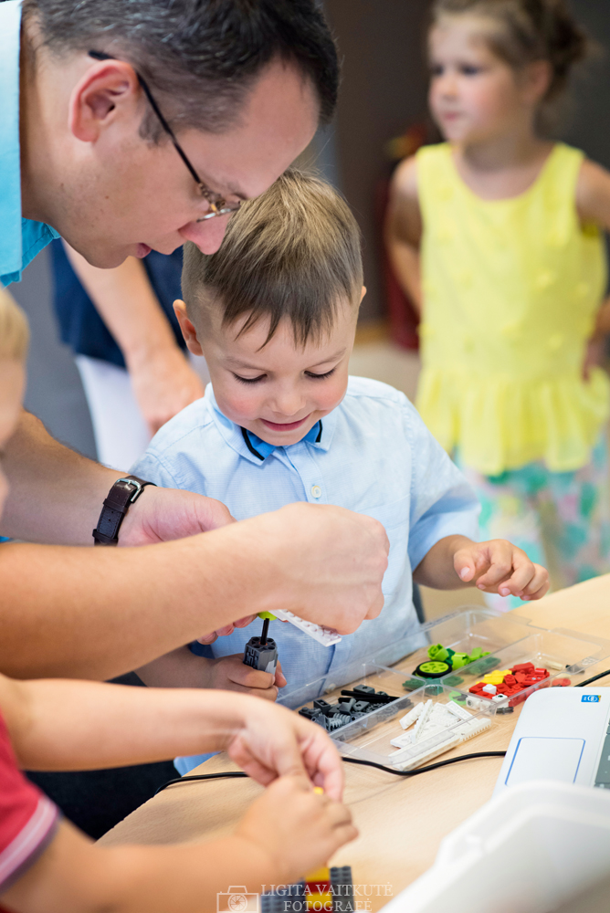 Lego teminis gimtadienis Robotikos akademijoje