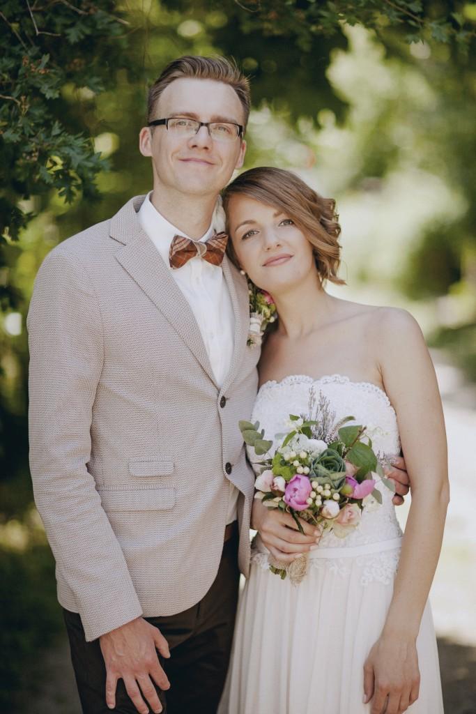 Jaunavedžiai, rustic, vintage stiliaus vestuvės