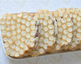 Netradicinis tinginys iš sausainių lazdelių
